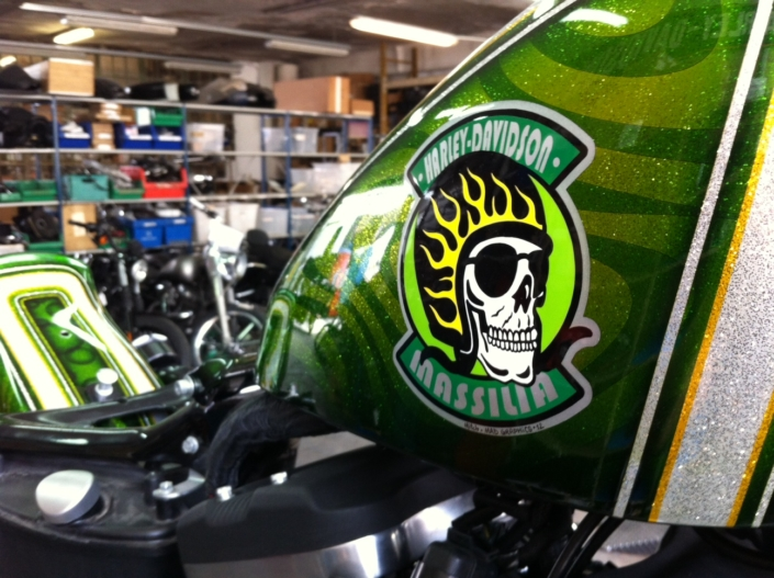 883 Iron Green Skull